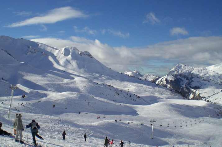 Grand_Bornand_Slopes.jpg